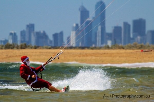 Kitesurfing Santa