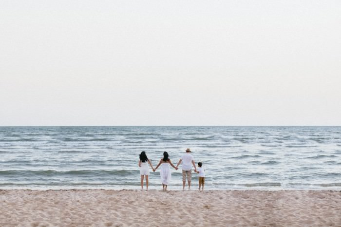 best beach family photography in melbourne