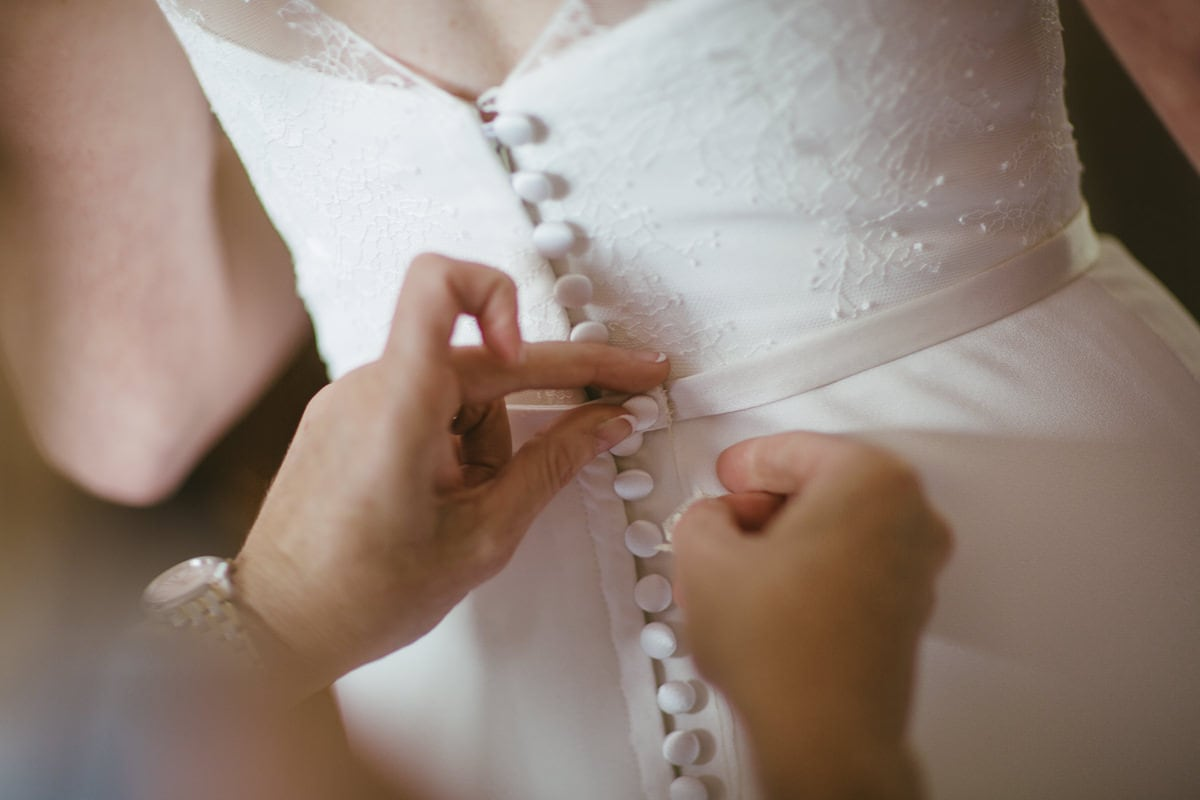 closing the wedding dress - buttons
