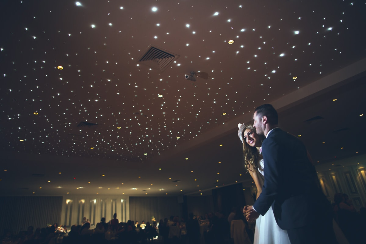 first dance - turkish wedding photography - stars by night