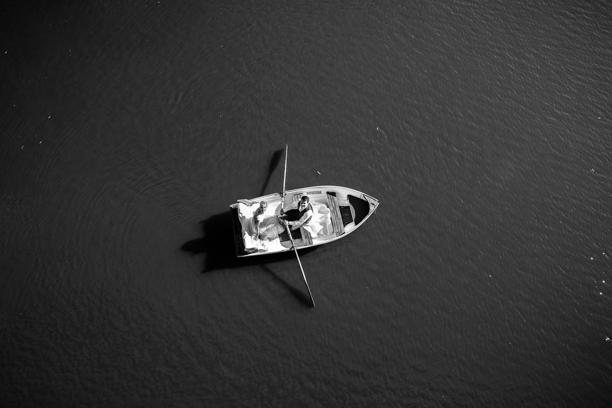 rowing boat in kew from above - wedding photography - the best images