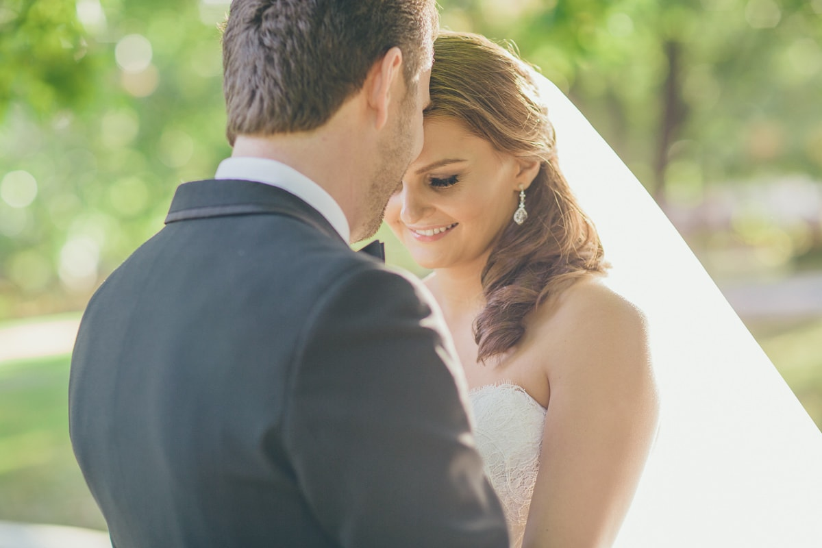 natural wedding photography melbourne - lovely wedding couple - cute pictures