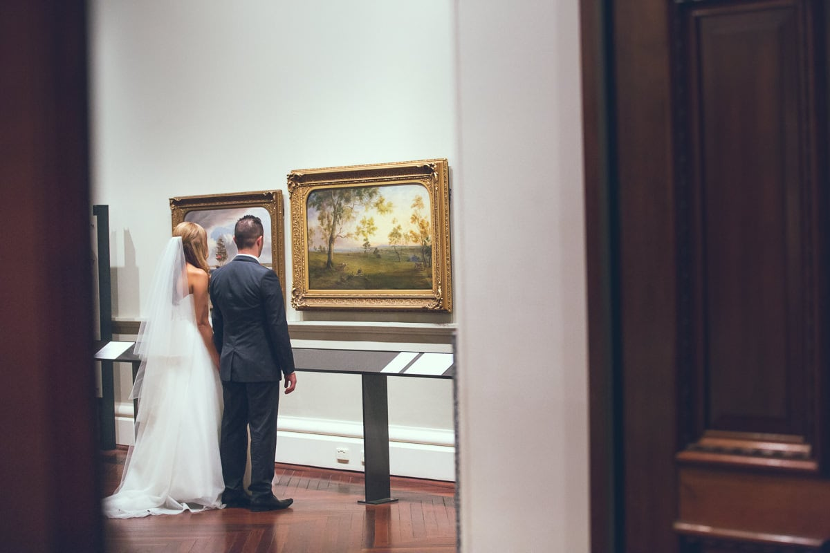 wedding in a gallery in melbourne cud - wedding photographer in melbourne
