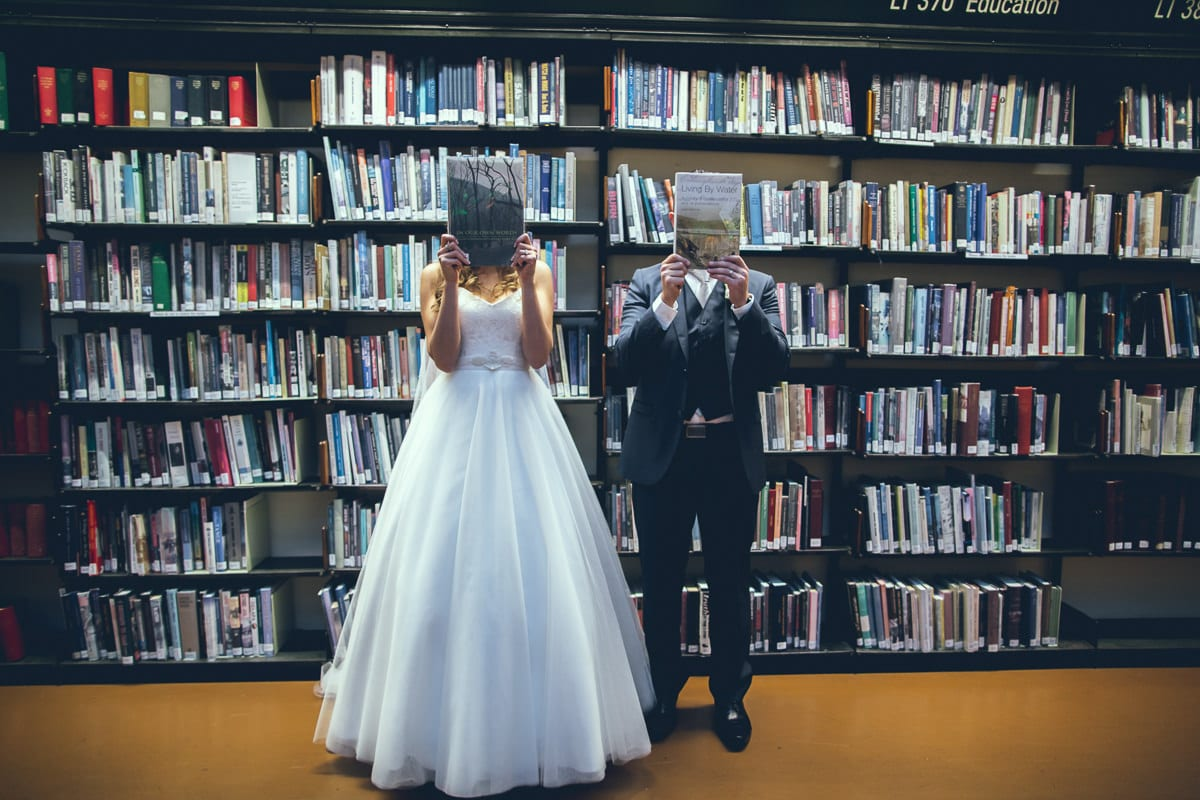 creative melbourne wedding photographer - in state library