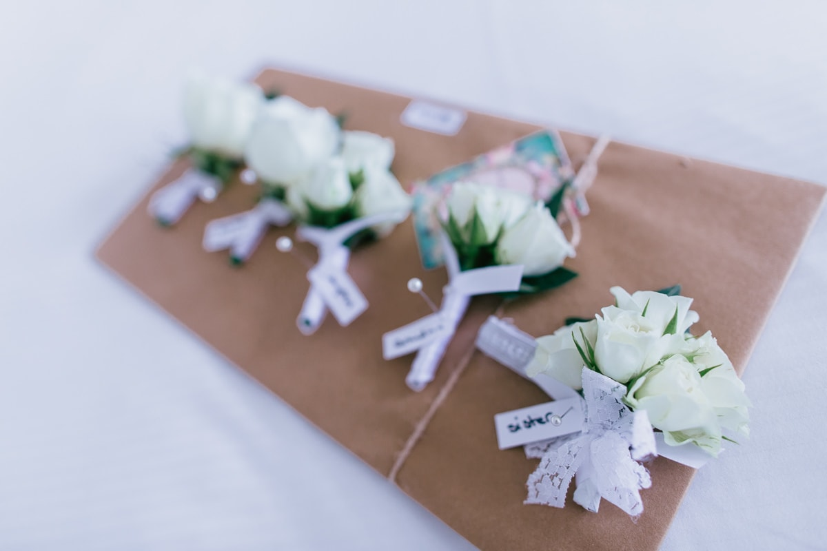 flowers for groom and groomsmen