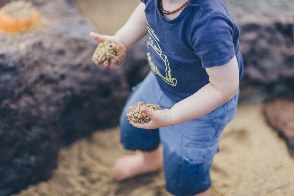 carry sand around - little kids photography
