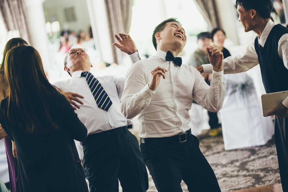relaxed wedding photography - fun on the dance floor