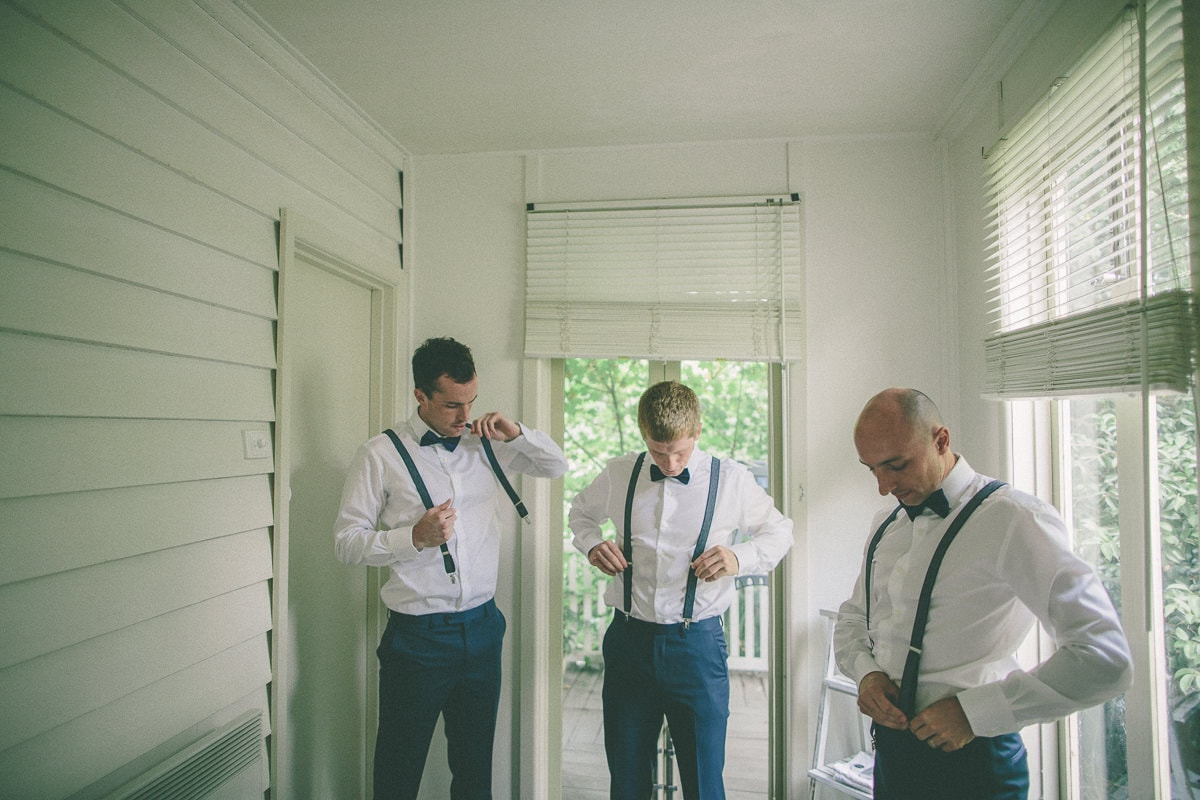 Photographing a rustic yarra valley wedding - Photo of the groomsmen