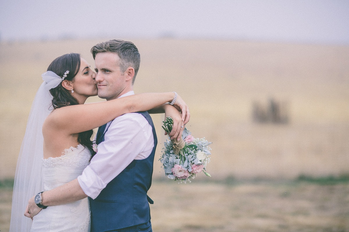 love couple in the yarra valley - hills vineyard wedding photos