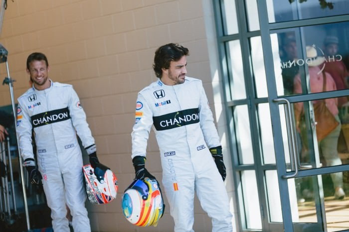 f1 event photographer in melbourne - photo of fernando alonso and jenson button at chandon
