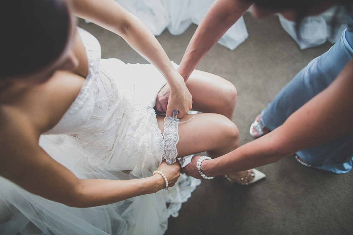 pre wedding photos - garter shots