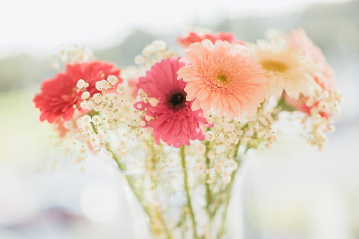 flowers at 1st birthday - best photos