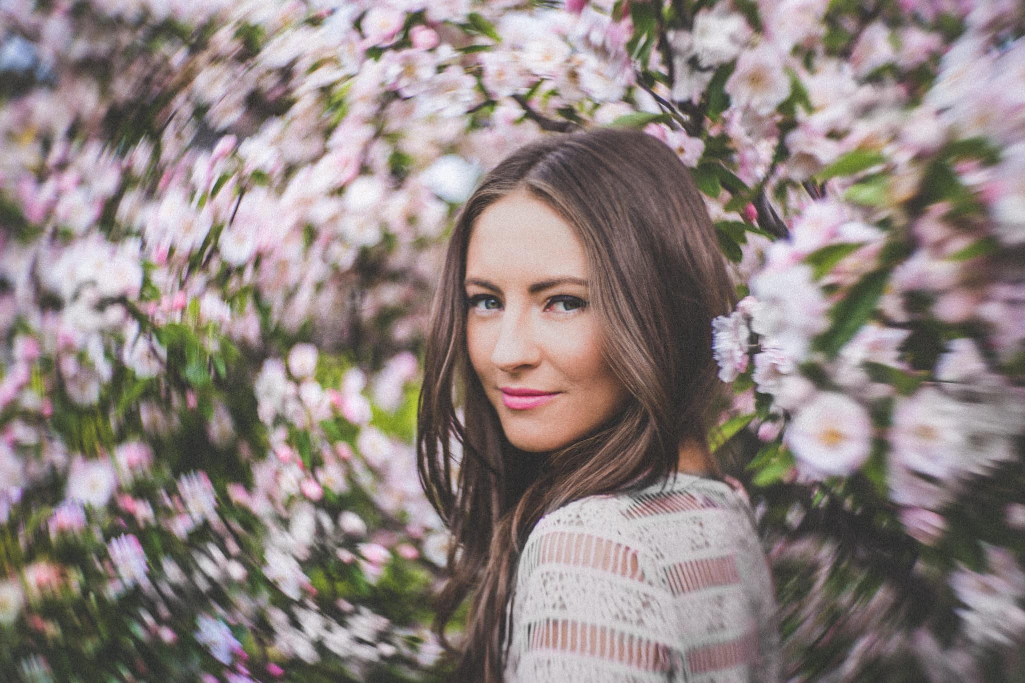 melbourne girl at commercial photoshoot iwith flowers and creative petzval lenses