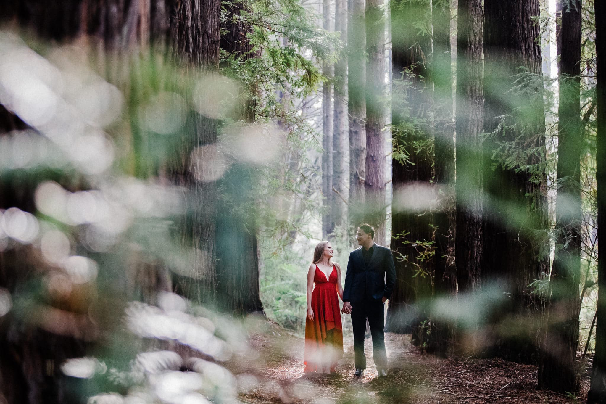 creative outdoor photography for couples in melbourne