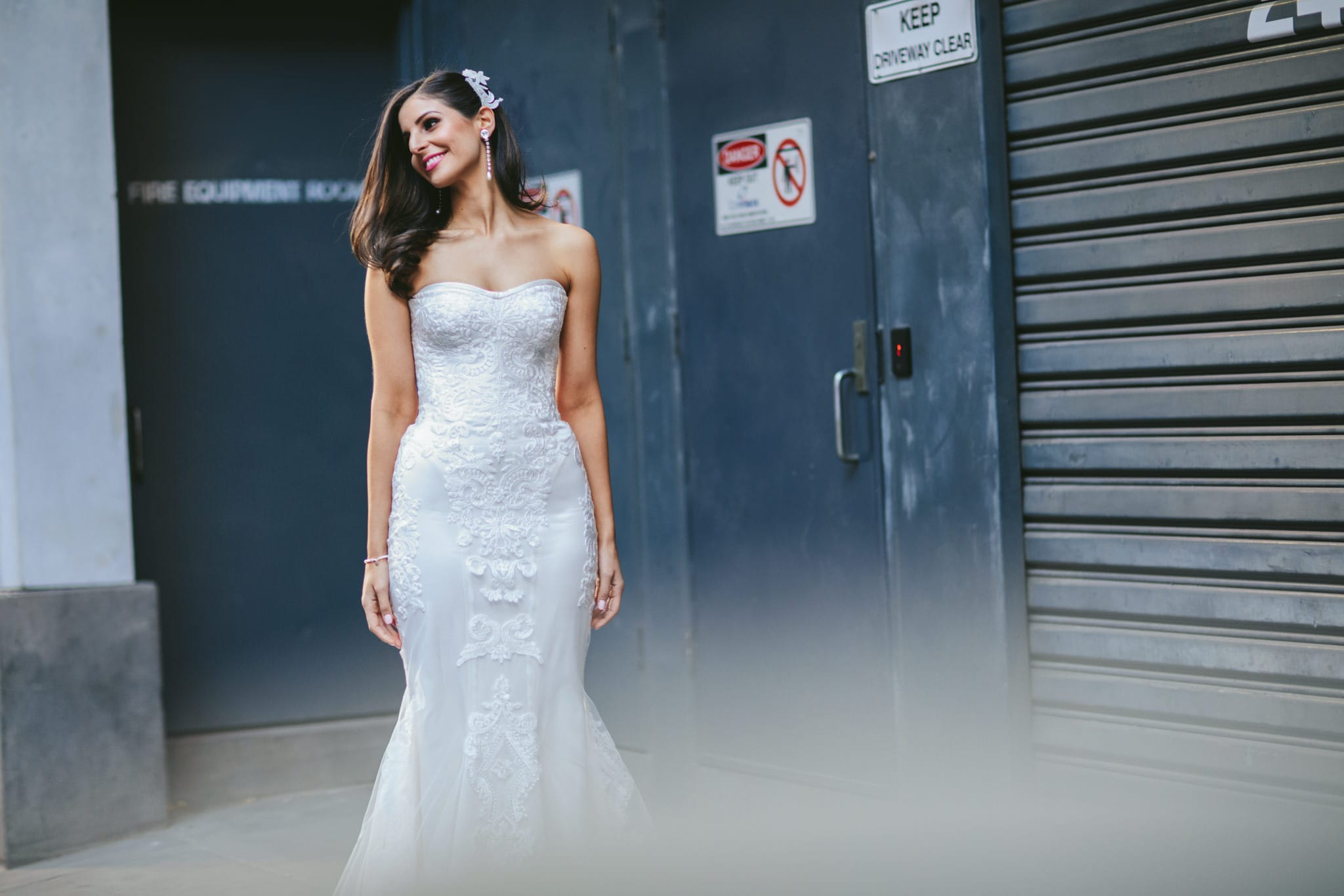 bride in urban city photography in melbourne - Australian Photographer