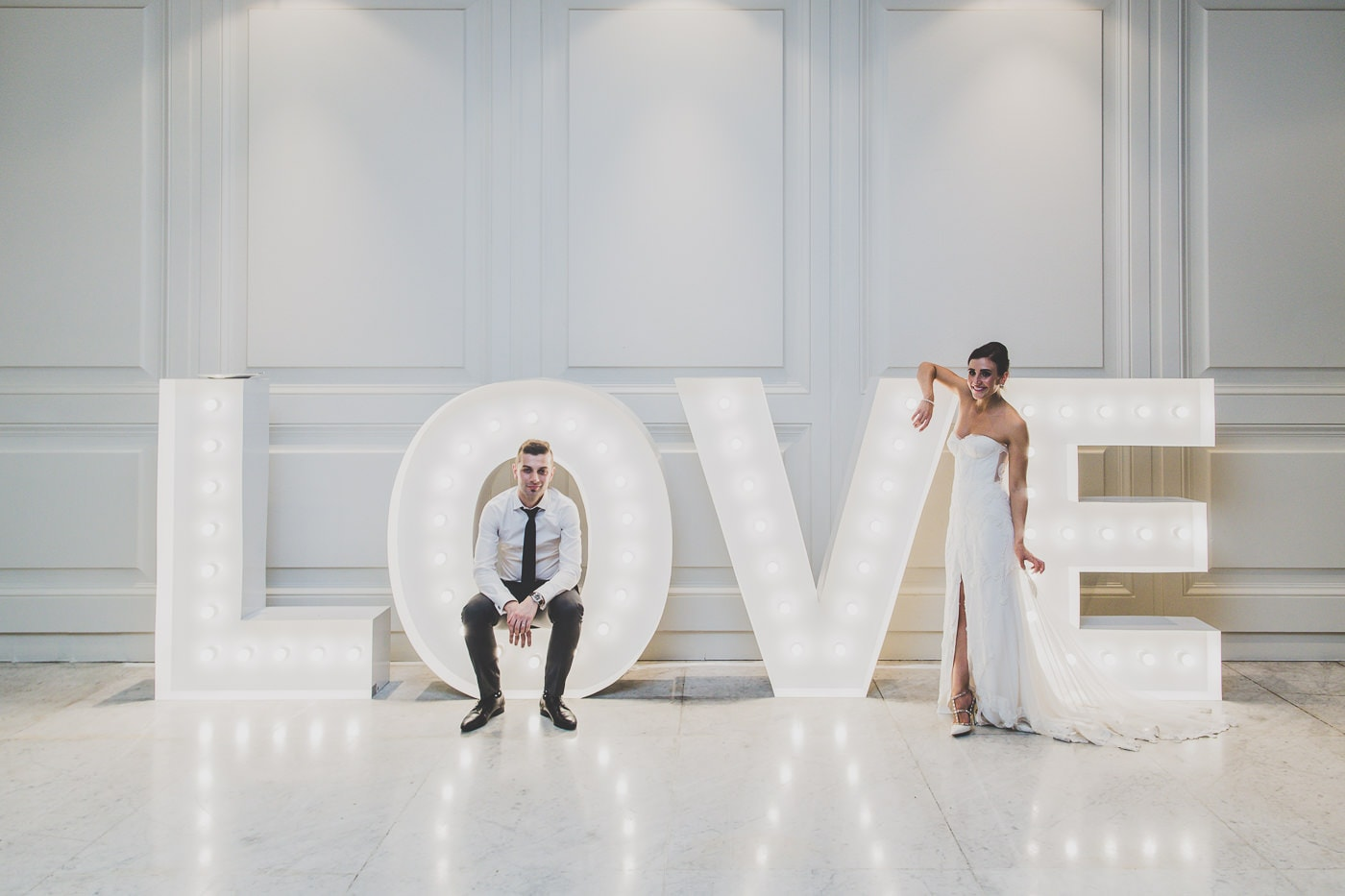 oversized illuminated love letters at melbourne wedding - wedding photography photoprops in melbourne