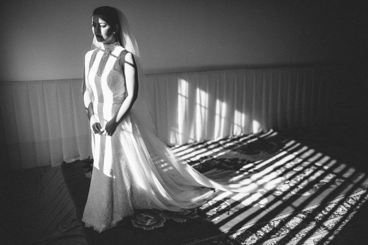 top creative wedding photographers in Melbouren - know the light - capturing moments